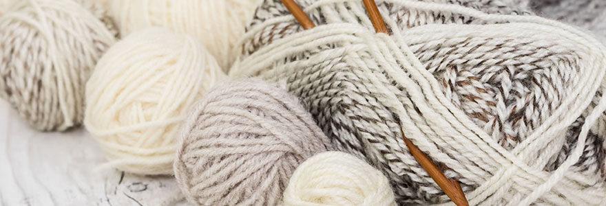 Apprendre à tricoter avec un kit tricot